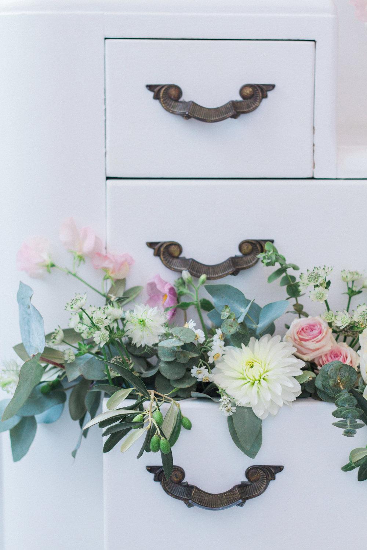 Vintage Amy Wedding Styling-Vintage Dessert Dresser-Vintage Luxe Wedding Kent