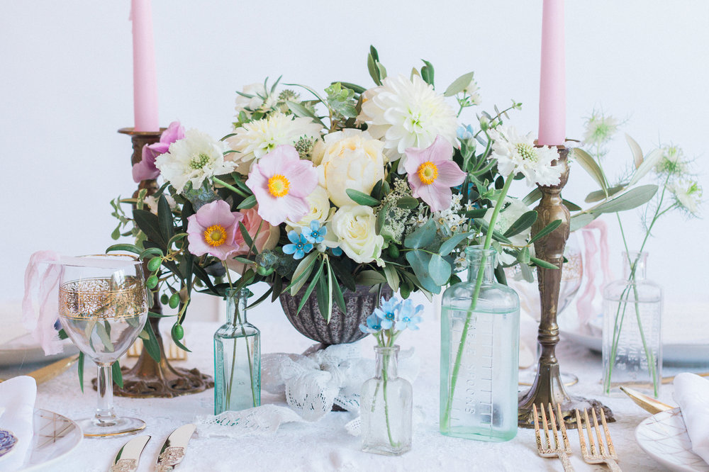 Vintage Amy Wedding Styling-Modern Vintage Wedding Table-London Wedding