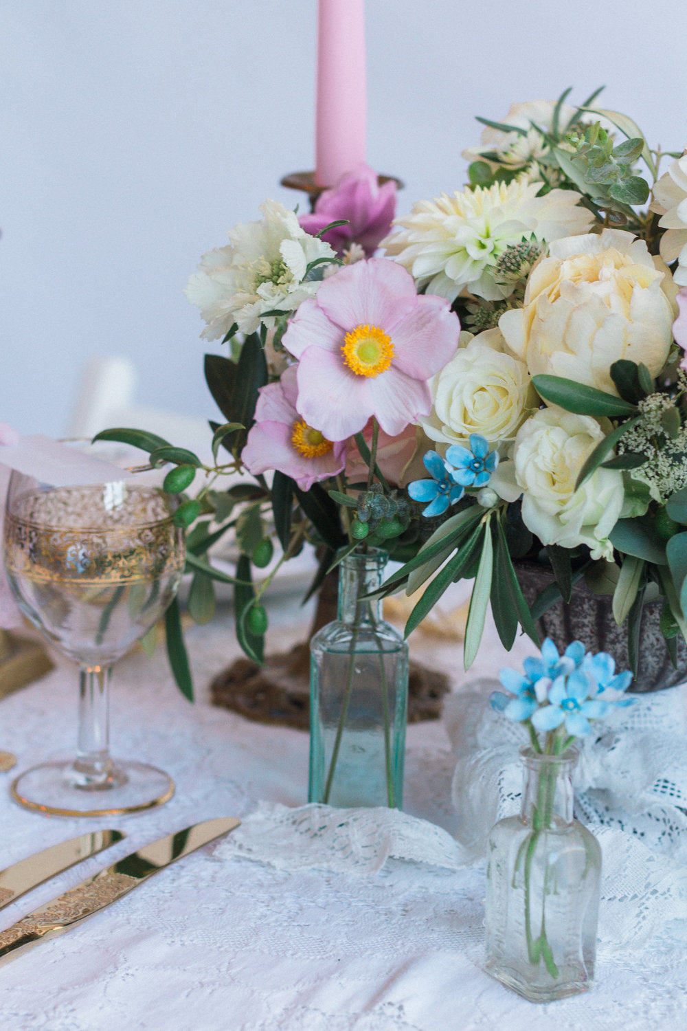 Vintage Amy Wedding Styling-Vintage Luxe Wedding Table Styling-Romantic Vintage Wedding London