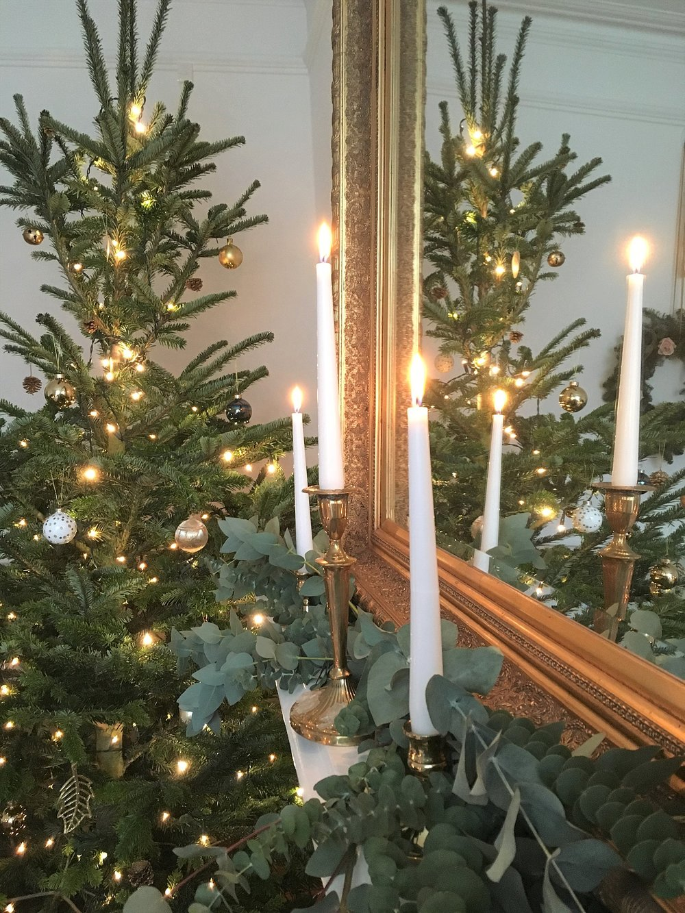 Vintage Amy Styling-My Elegant Vintage Christmas Decor-Wedding Styling South East England