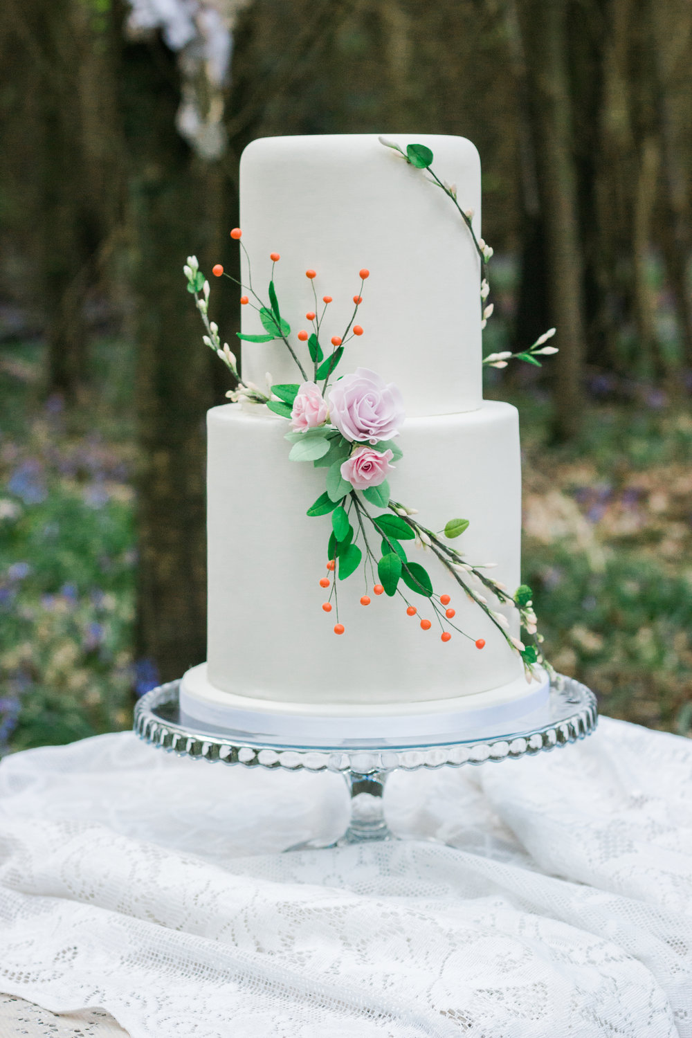 Vintage Amy Wedding Styling-Vintage Woodland Wedding Kent-Elegant Wedding Cake