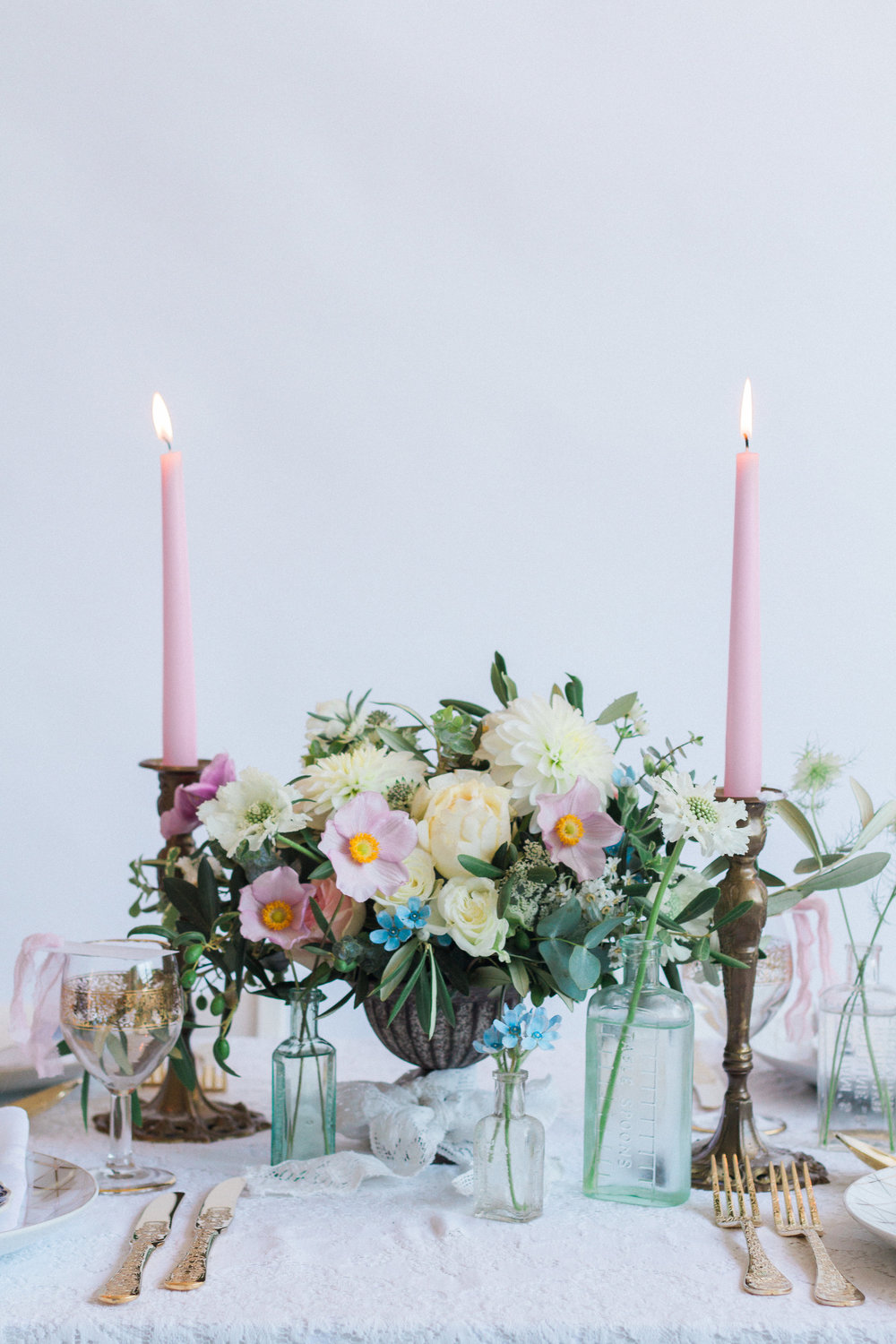Vintage Amy Wedding Styling-Modern Vintage Wedding London-Elegant Vintage Wedding Tablescape