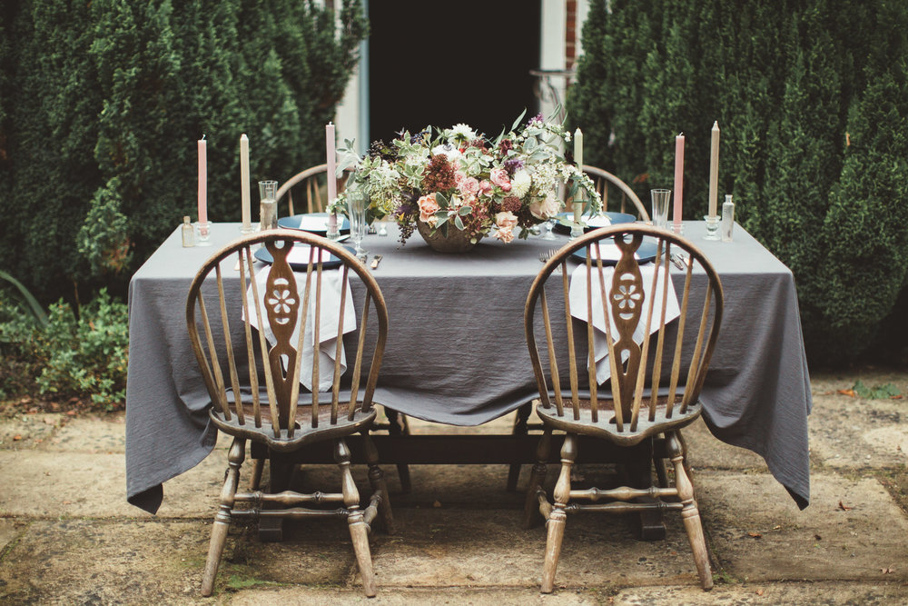 Vintage Amy Wedding Styling-Rustic Luxe Modern Vintage Wedding Kent-Linen Tablecloth Wedding Table