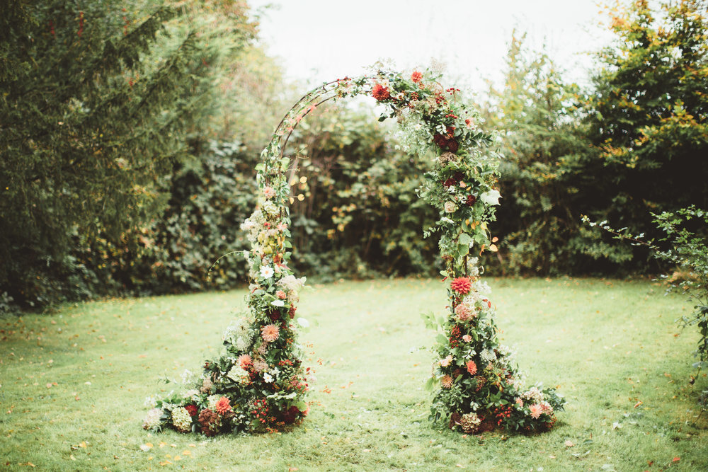 Vintage Amy Wedding Styling-Rustic Luxe Modern Vintage Wedding Kent-Romantic Wedding Floral Arch