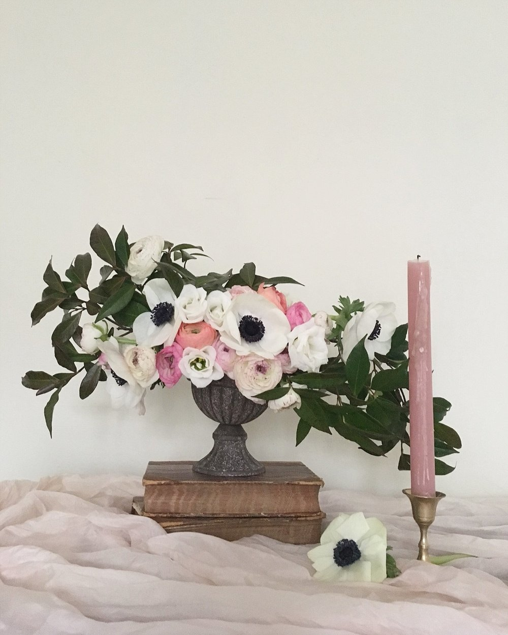Vintage Amy Wedding Styling-Vintage Style Wedding Flowers-Modern Vintage Wedding Kent