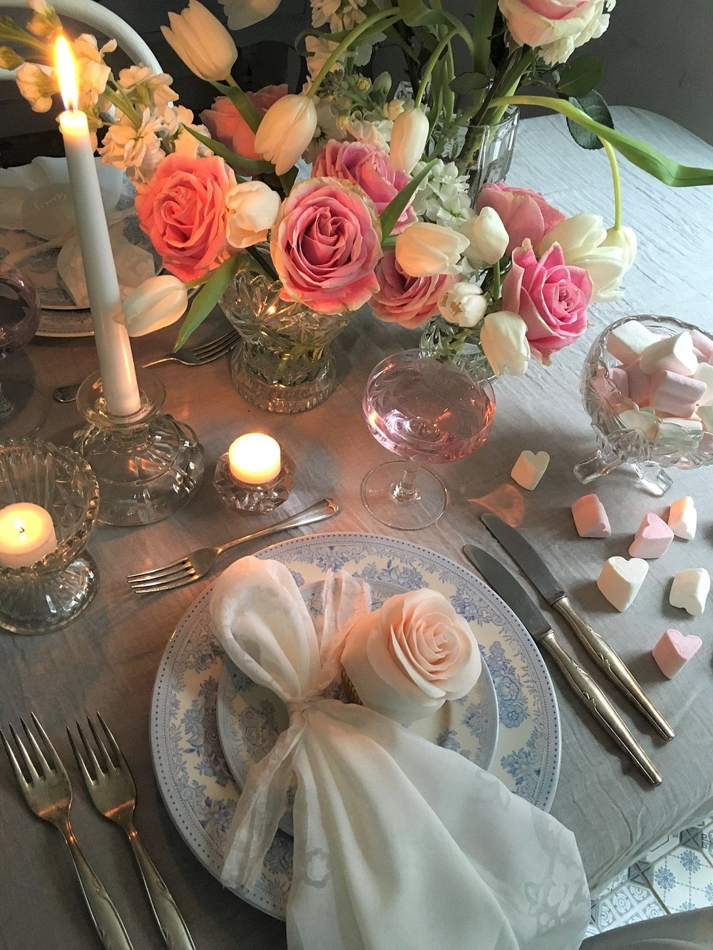 Vintage Amy Styling-Valentines Tablescape-Elegant and Romantic Wedding Styling London