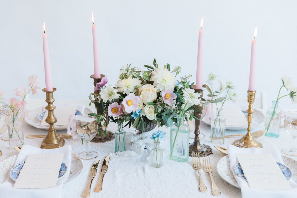 Vintage Amy Wedding Styling-Tablescape-Romantic Vintage Wedding London