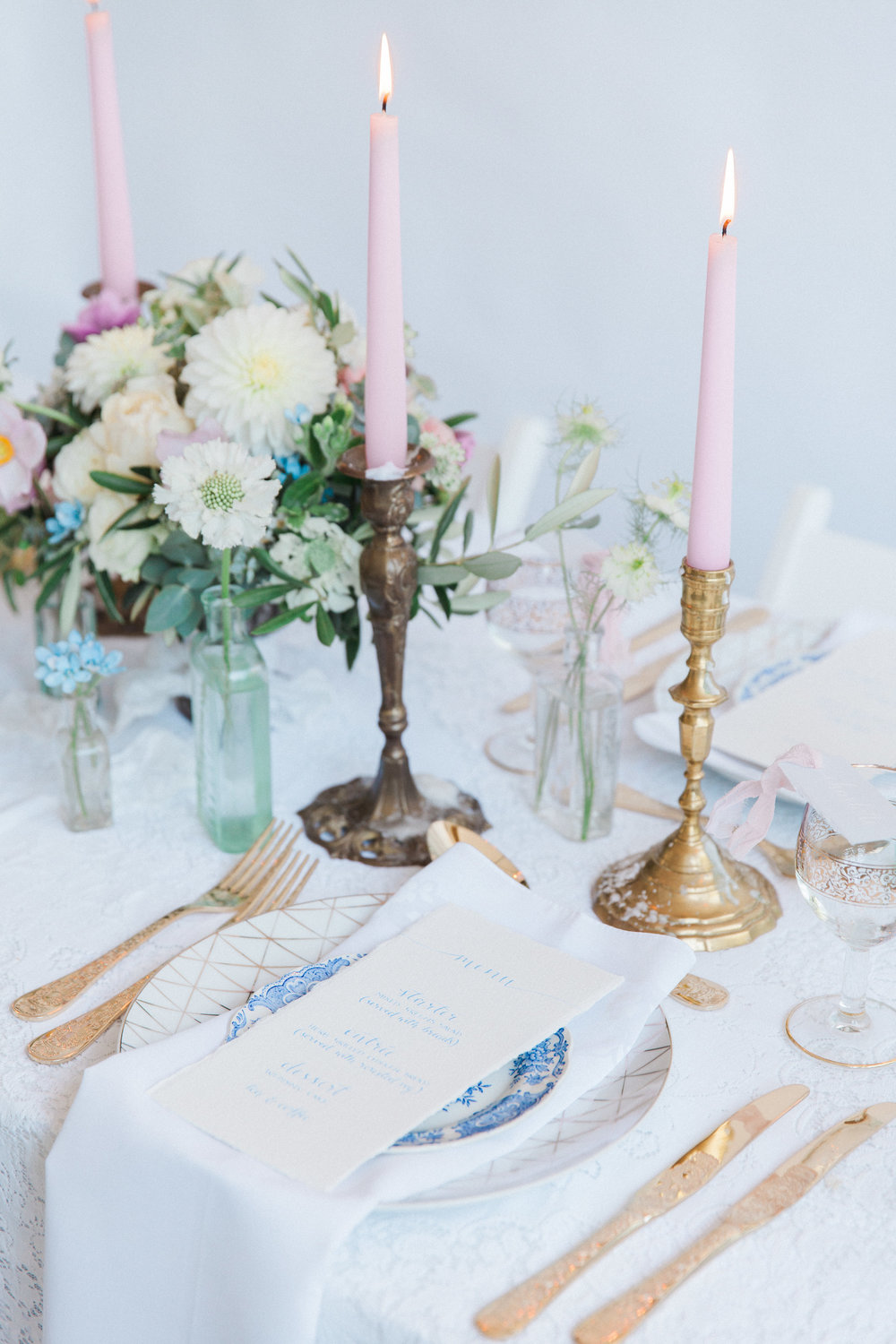 Vintage Amy Wedding Styling-Vintage Luxe Wedding Place Setting-London Wedding Stylist