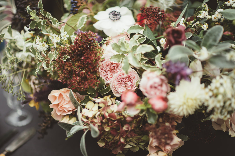 Vintage Amy Styling-Outdoor Wedding Inspiration-Timeless Wedding Styling