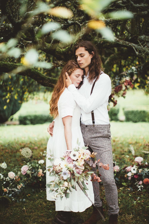 The Timeless Stylist-Romantic Garden Wedding-Elegant Wedding Styling UK