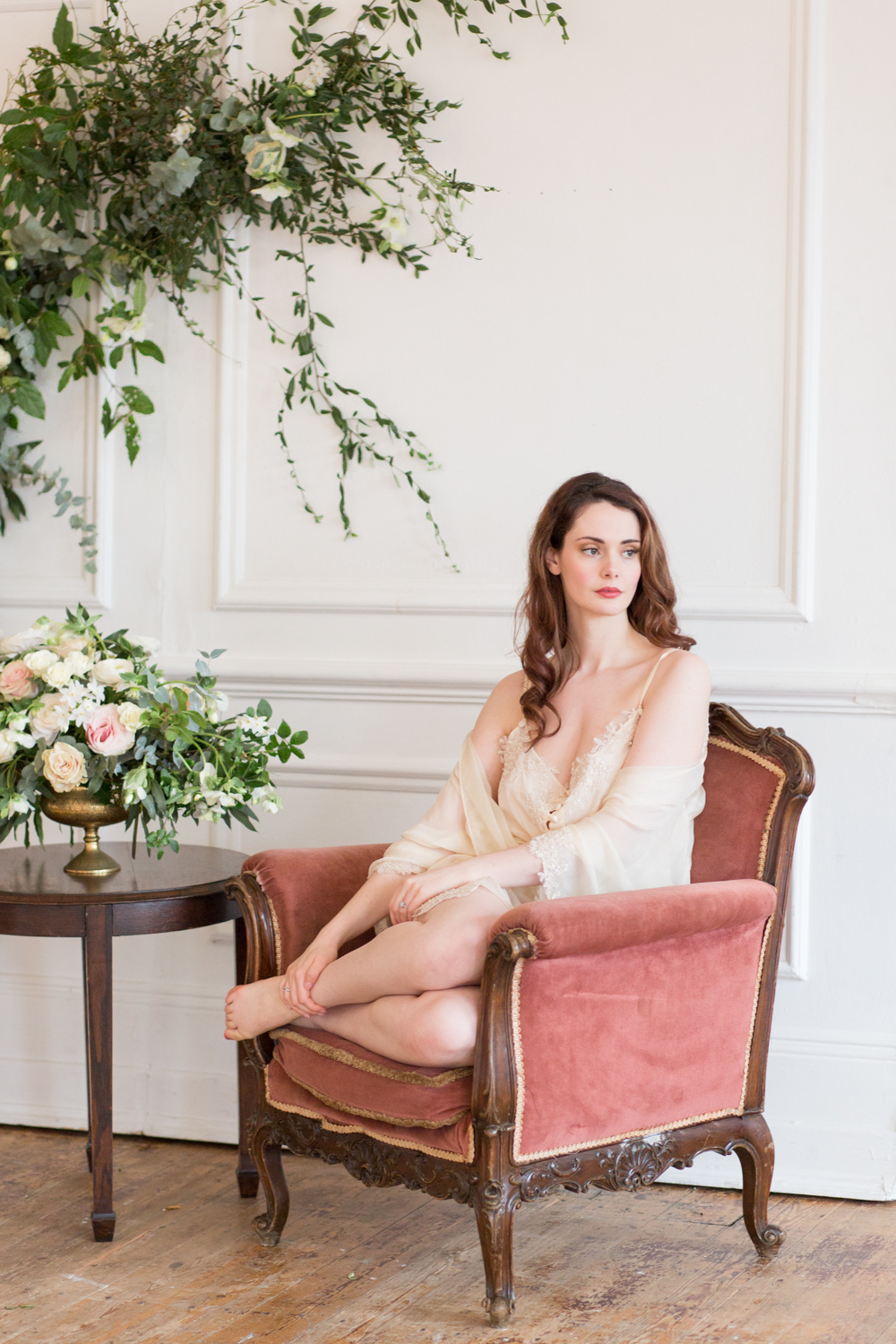 The Timeless Stylist - Heirloom Wedding Styling