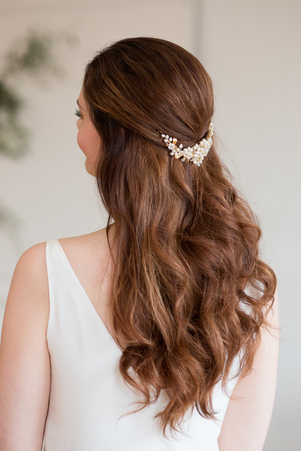 The Timeless Stylist - Elegant Bridal Hair