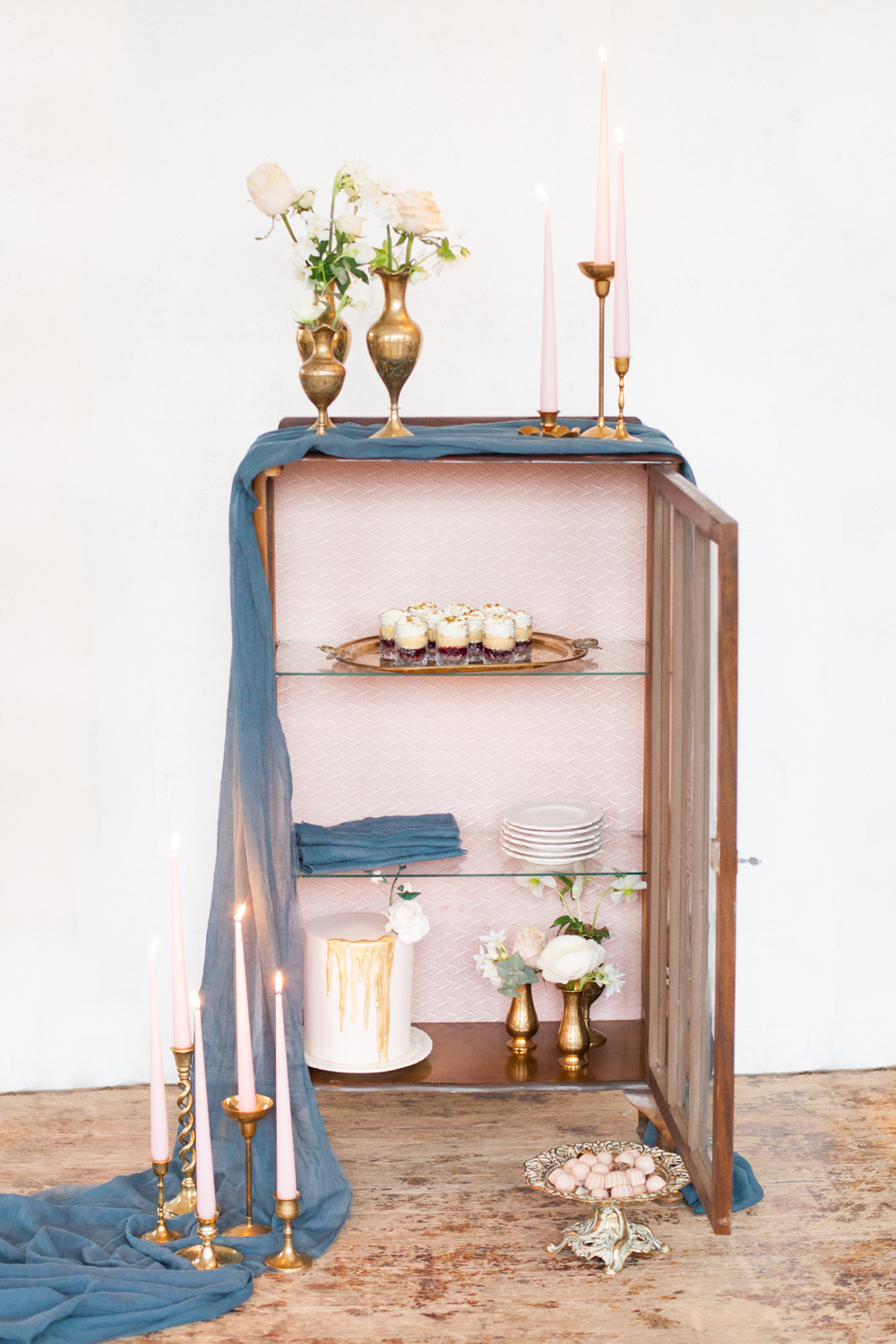The Timeless Stylist - Wedding Dessert Station