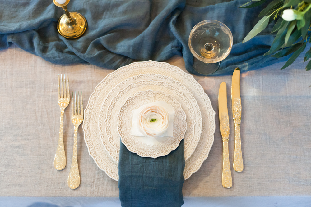 The Timeless Stylist - Elegant Wedding Table Setting