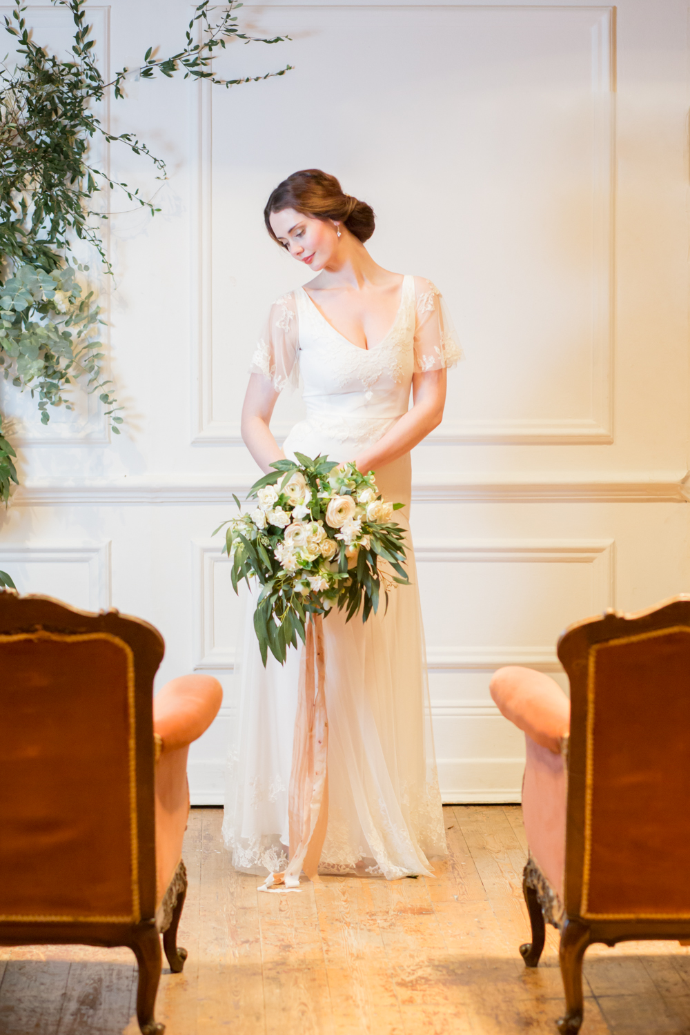The Timeless Stylist - Elegant Wedding Ceremony Styling