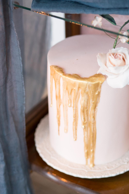 The Timeless Stylist-UK Wedding Styling-Elegant Wedding-Wedding Dessert Station
