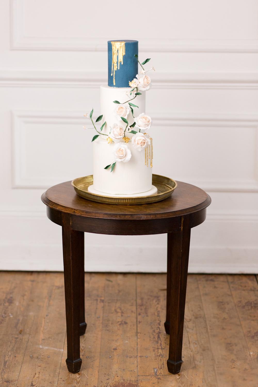 The Timeless Stylist-UK Wedding Styling-Elegant Wedding-Wedding Cake