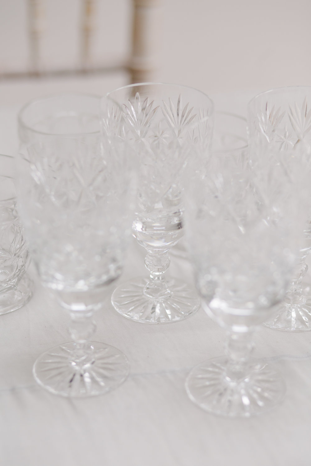 The Timeless Stylist - Vintage Glassware