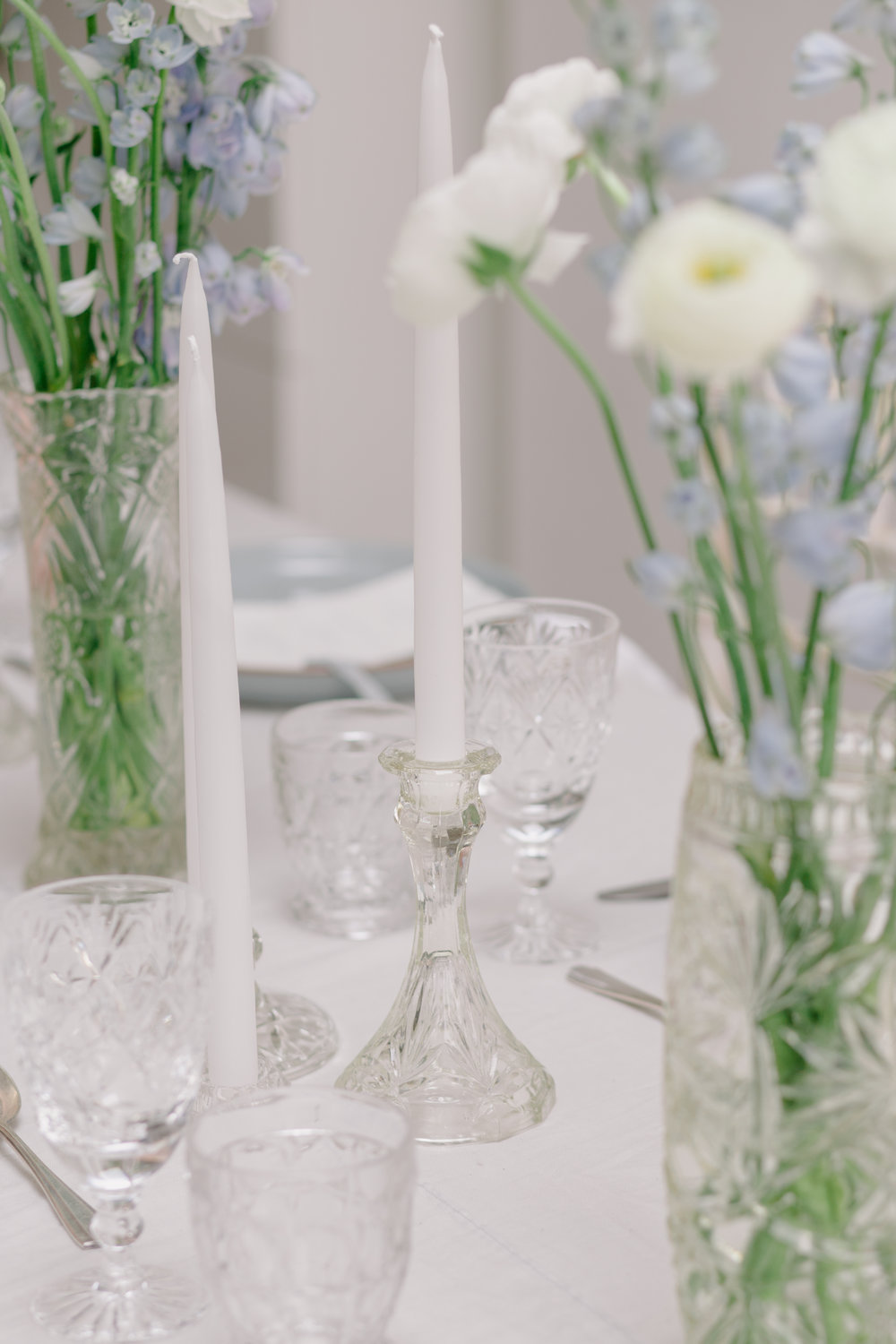 The Timeless Stylist - Simple yet Elegant Wedding Table Design