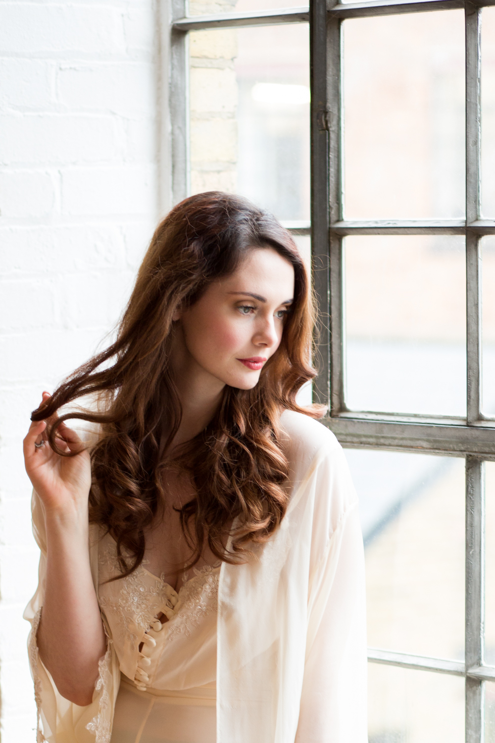 The Timeless Stylist-UK Wedding Styling-Elegant and Romantic Style Boudoir Shoot-Bride Getting Ready-Bridal Lingerie