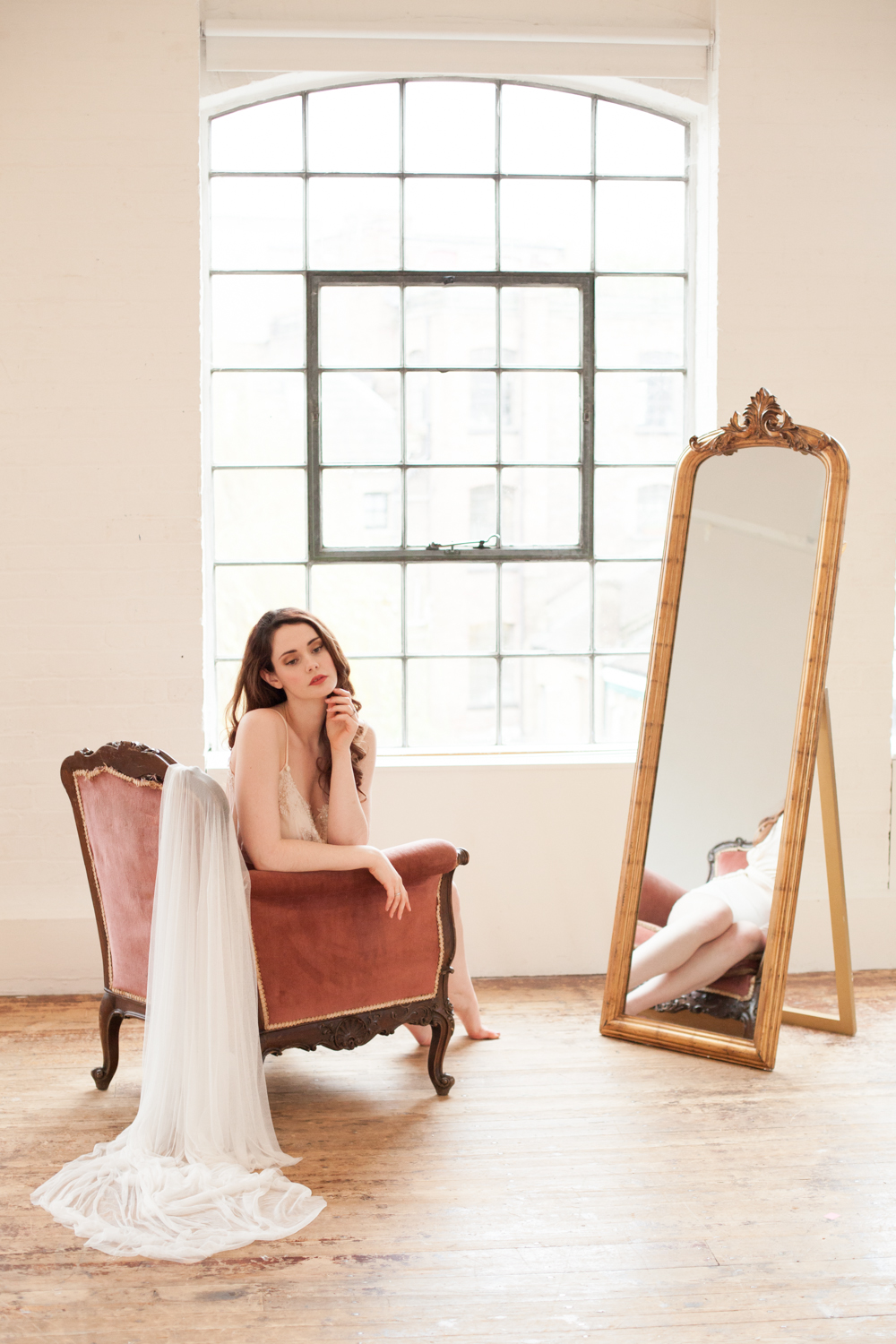 The Timeless Stylist-UK Wedding Styling-Elegant and Romantic Style Boudoir Shoot-Wedding Day Morning Bridal Styling