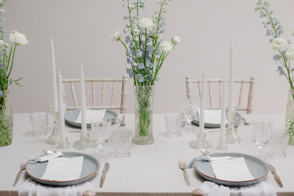 The Timeless Stylist-Paired Back Table Styling-Simple Wedding Styling Inspiration