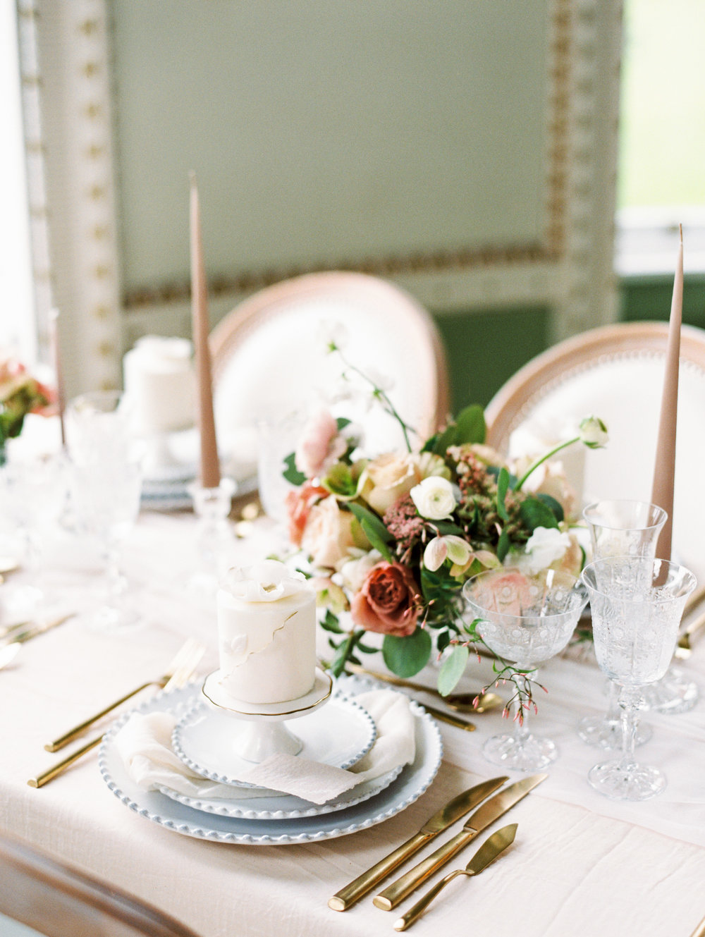 The Timeless Stylist-Fine Art Wedding Shoot-Individual Cake Place Setting