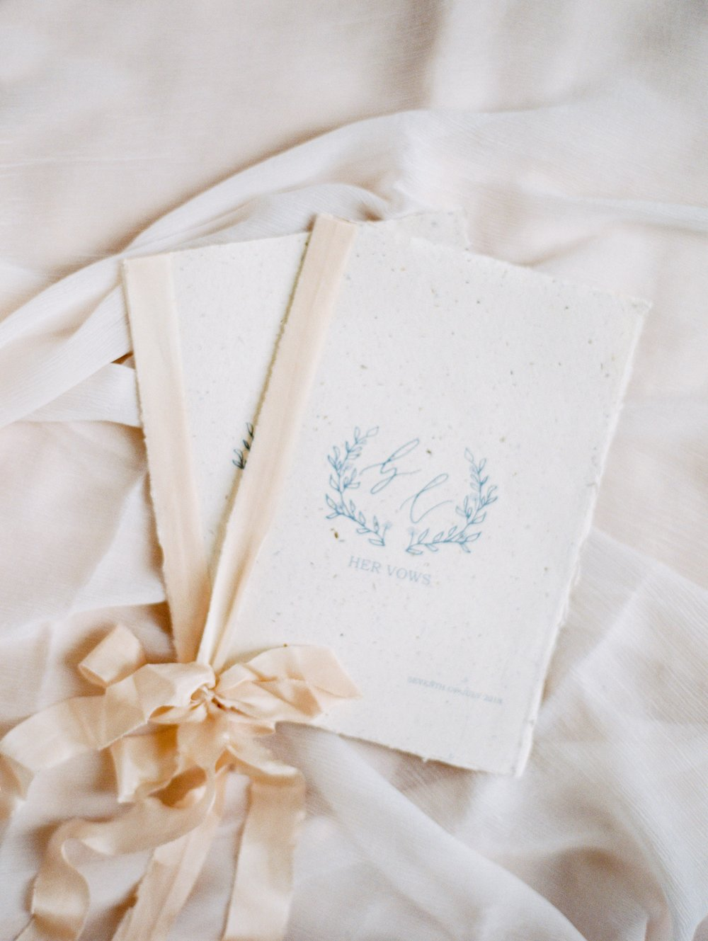 The Timeless Stylist-Fine Art Wedding Vow Books