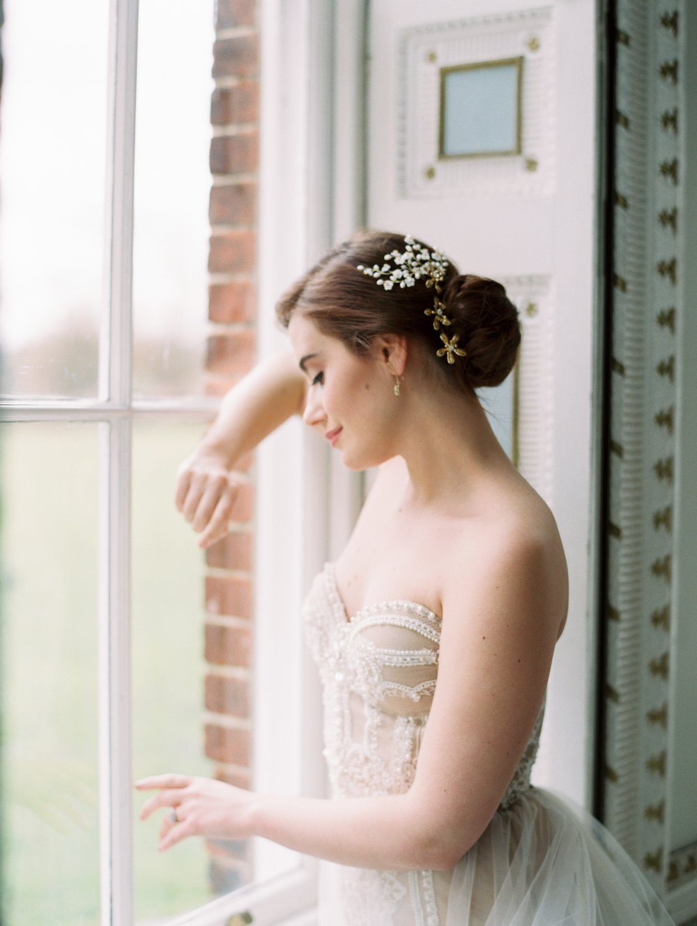 The Timeless Stylist-Natural Bride-Fine Art Photography