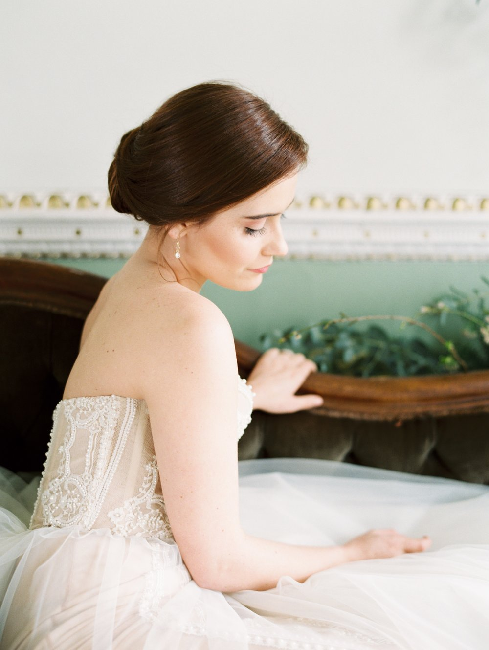 The Timeless Stylist-Classic Bride