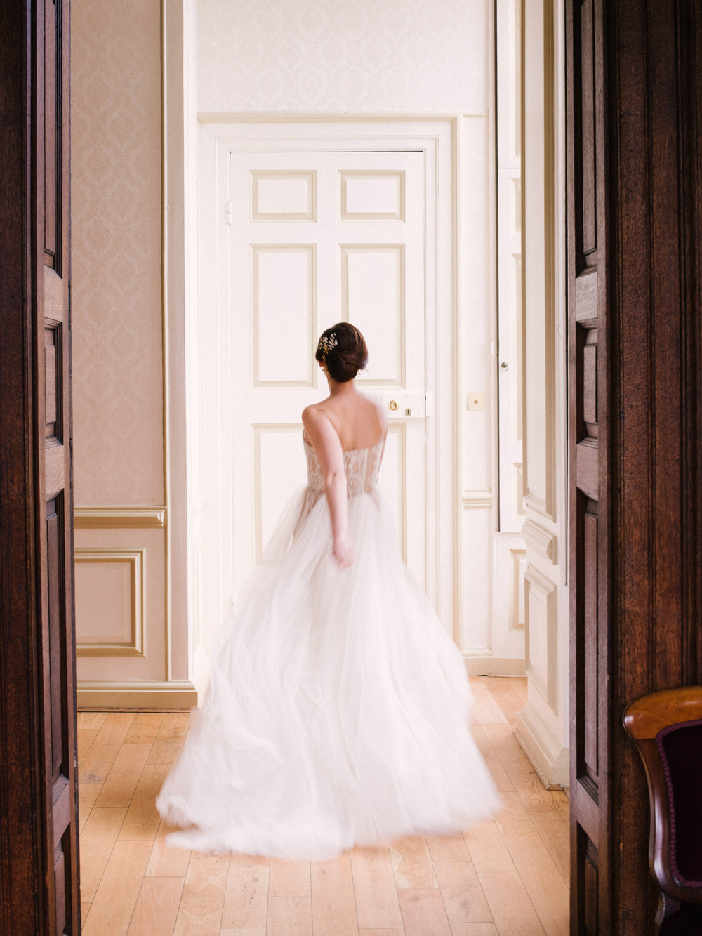 The Timeless Stylist-Elegant and Romantic Wedding Styling-Timeless Fine Art Bride