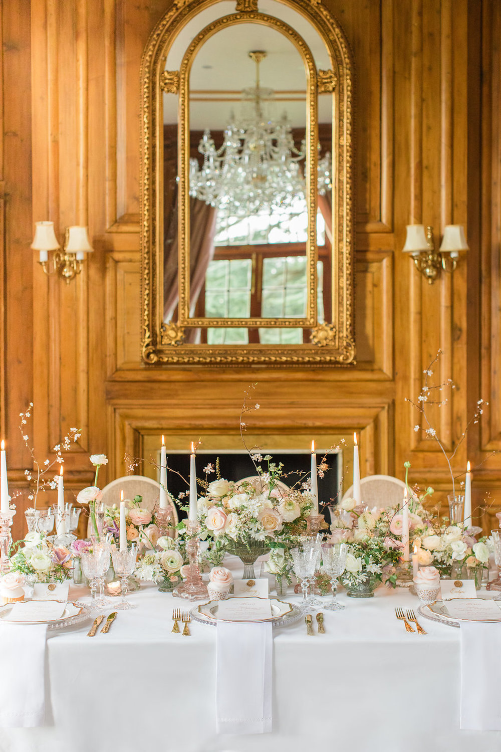 The Timeless Stylist-Elegant and Romantic Wedding Styling-Hedsor House Tablescape