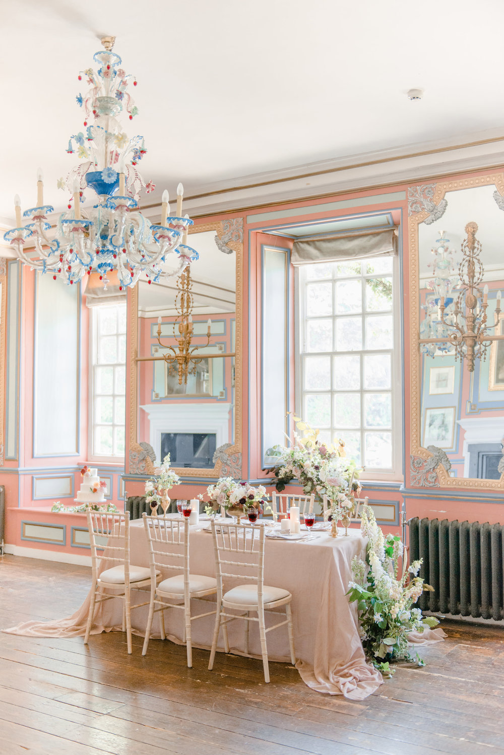 The Timeless Stylist-Elegant and Romantic Wedding Styling-Autumn Tablescape