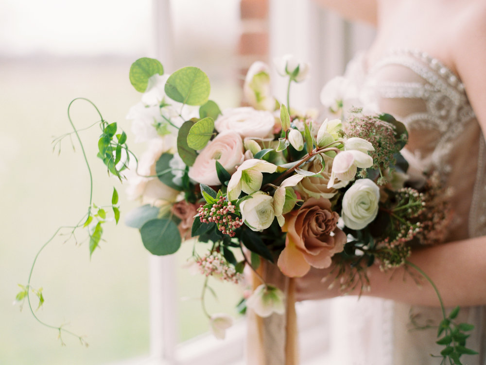 The Timeless Stylist-Elegant and Romantic Wedding Design and Styling-Neutral Palette Spring Wedding Bouquet