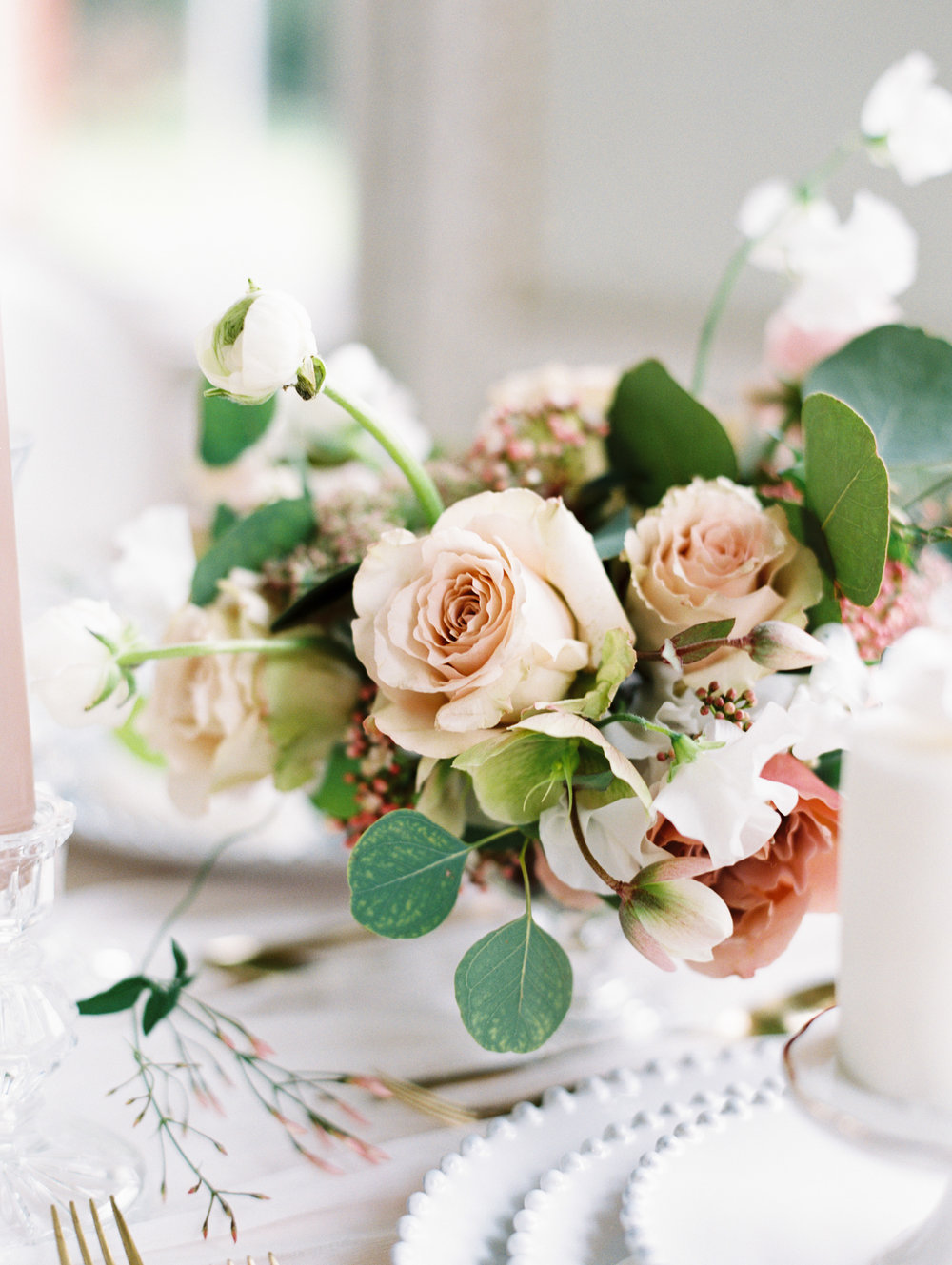 The Timeless Stylist-Elegant and Romantic Wedding Design and Styling-Timeless Wedding Tablescape