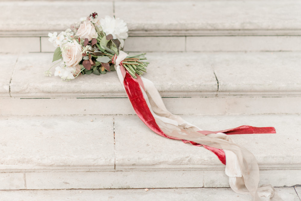 The Timeless Stylist-Elegant and Romantic Wedding Styling-Autumnal Wedding Bouquet