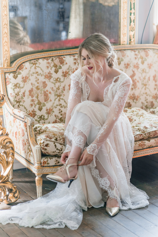 The Timeless Stylist-Elegant and Romantic Wedding Styling-Bride Wedding Morning