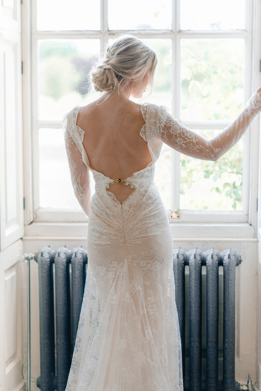 The Timeless Stylist-Elegant and Romantic Wedding Styling-Stately Home Wedding-Elegant Bride