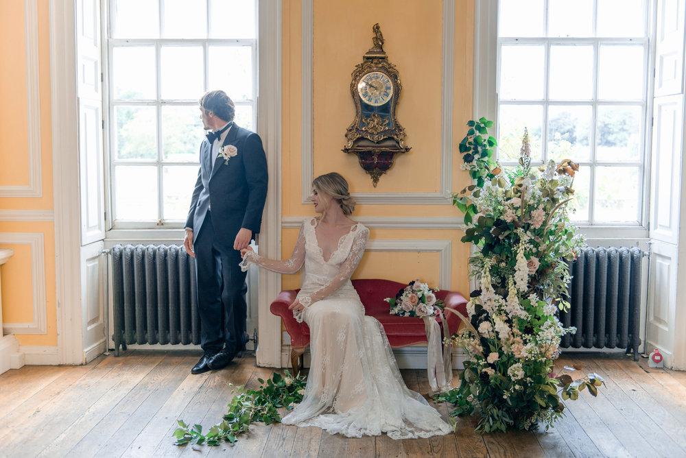 The Timeless Stylist-Elegant and Romantic Wedding Styling-Autumn Wedding