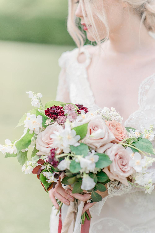 The Timeless Stylist-Elegant and Romantic Wedding Styling-Autumn Bride