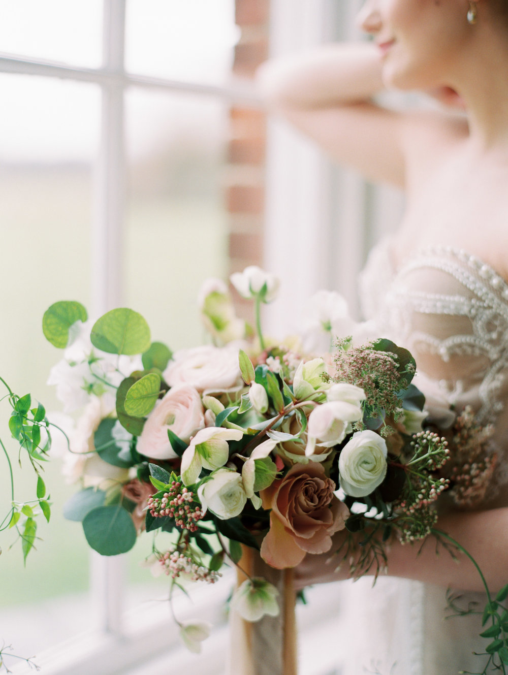 The Timeless Stylist-Elegant and Romantic Wedding Styling-Fine Art Wedding Bouquet.jpg