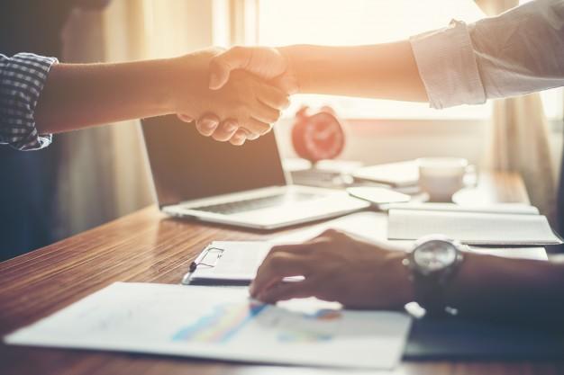 business-people-handshake-greeting-deal-at-work_1150-645.jpg