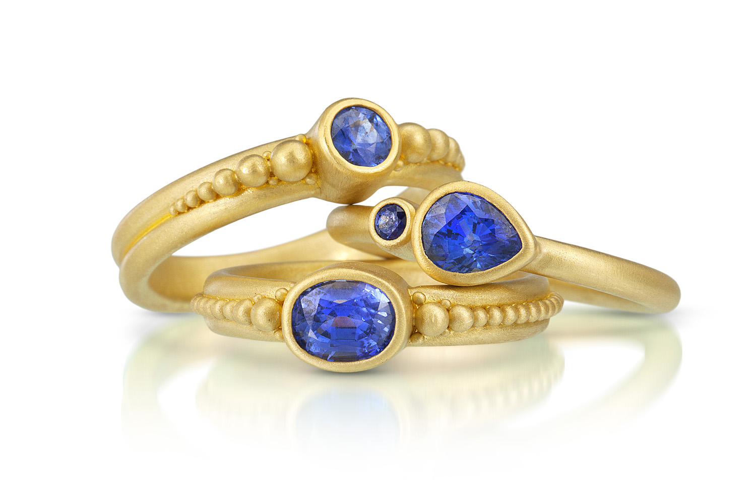 and engagement sapphire starlight white ring blue gold product image diamond rings