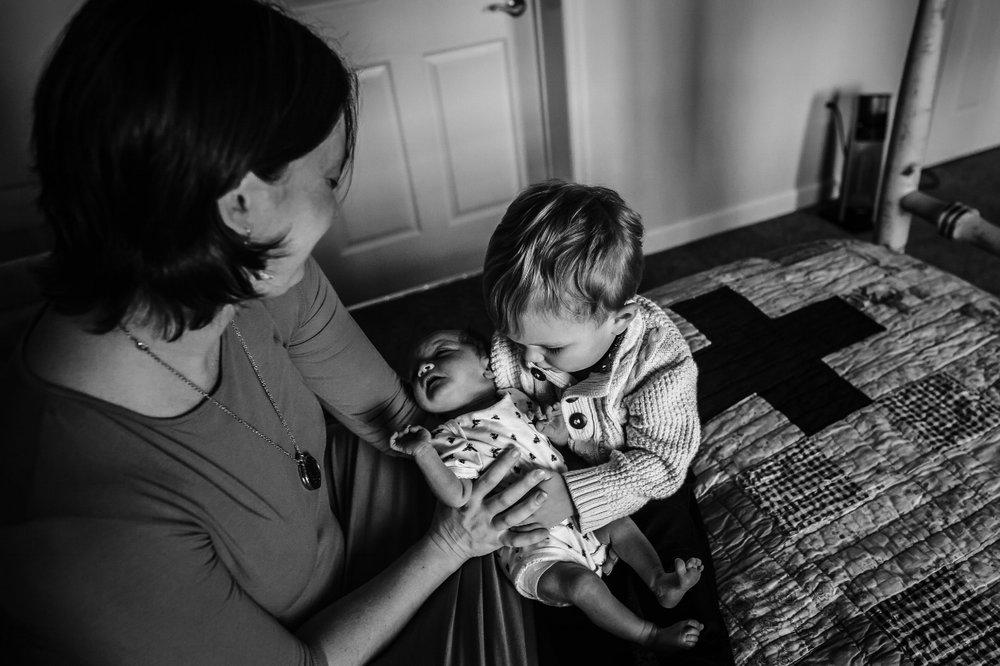 newborn-lifestyle-photography-charlottesville.jpg