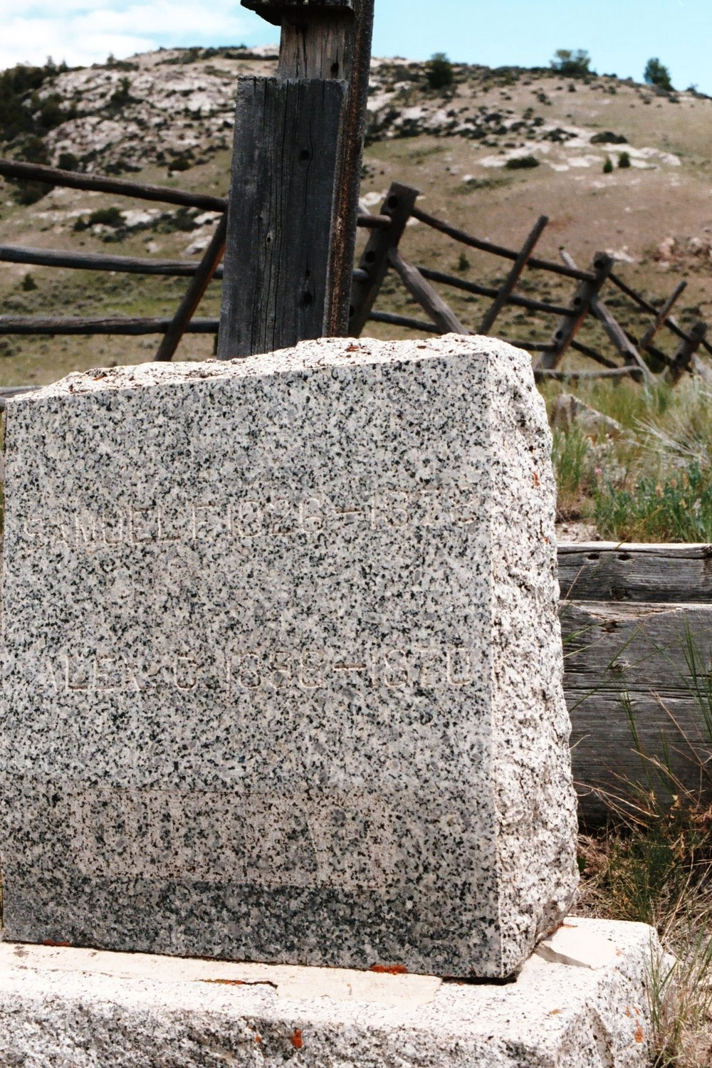Bannack Boot Hill 6.JPG