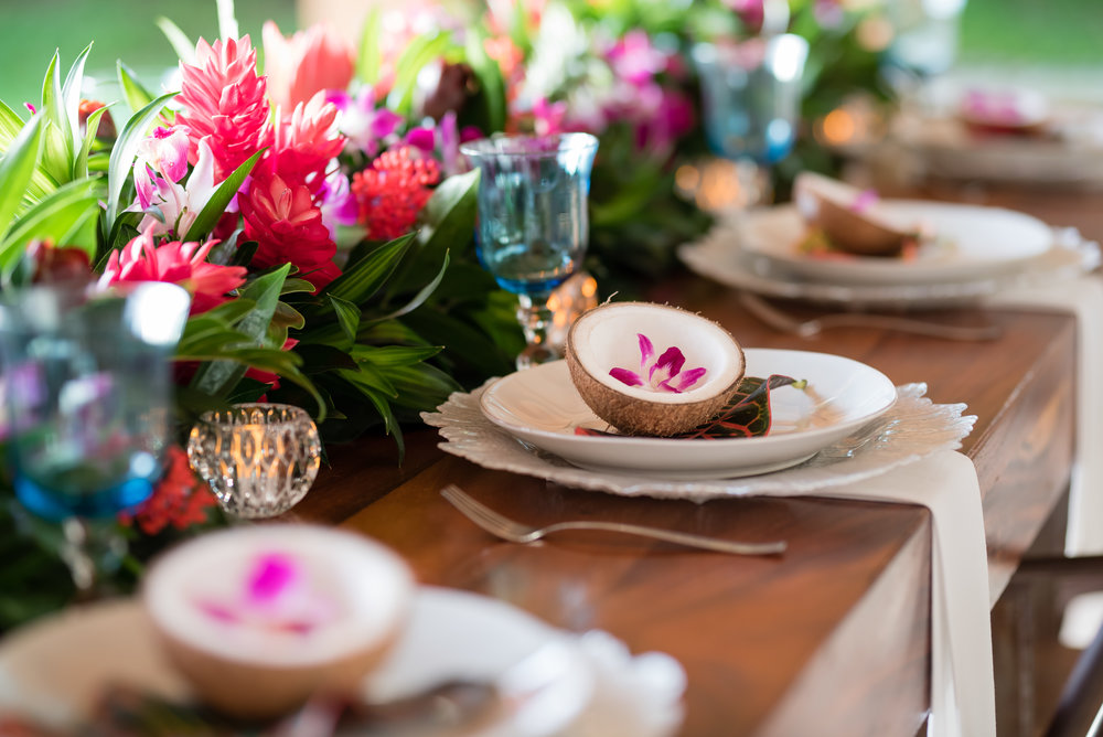 Photo by Sylvia Guardia M Photography:   Dinner party collaboration with Cristina, owner of ArtFlower: Wedding Destination Florist in Guanacaste Coast Rica.  http://artflowercr.com