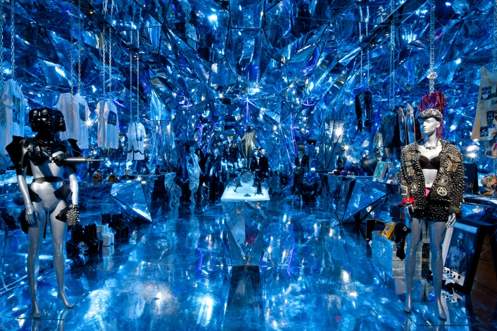 Chapter 02a Nicola Formichetti Store New York City photo blue DONE_1000.jpg