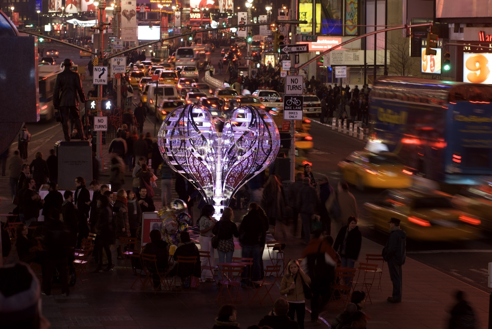 Chapter 11b Times Square Installation Valentine glowing DONE_1000.jpg
