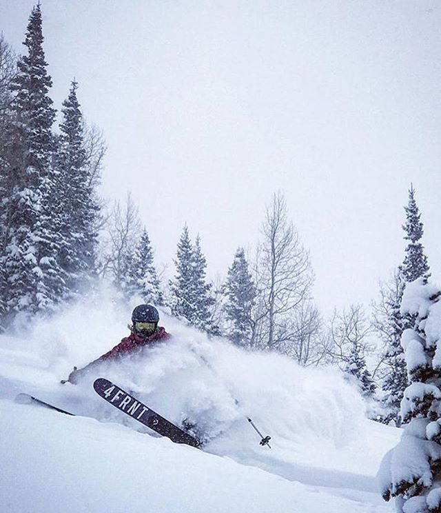 @katiedhitchcock taking advantage of the best Christmas present out there- pow!