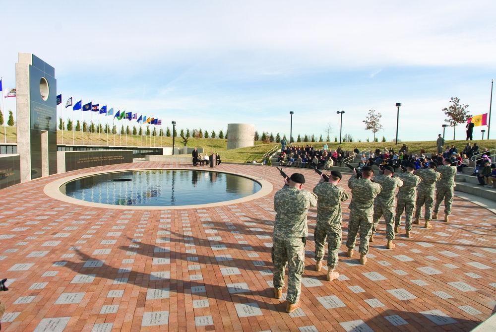 Veterans_Memorial_Amph.jpg